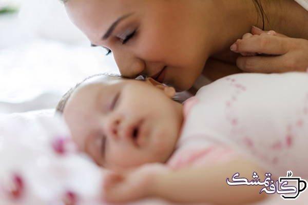بوی خوش نوزاد | چرا نوزادان تازه متولد شده بوی خوبی می دهند؟