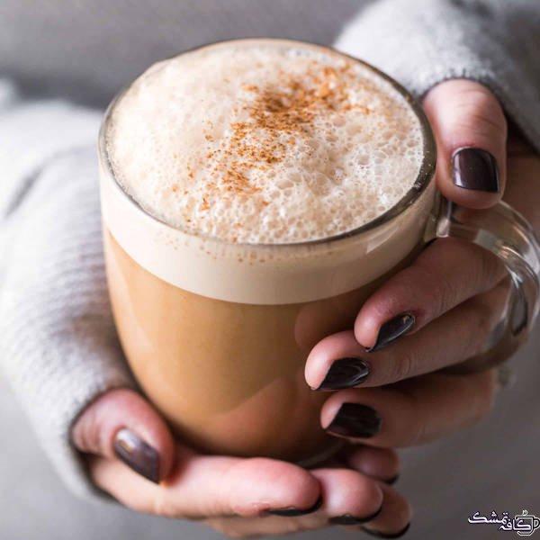 Paleo Almond Milk Chai Tea Latte Dairy Free tasteslovely.com  - خواص چای ماسالا برای لاغری