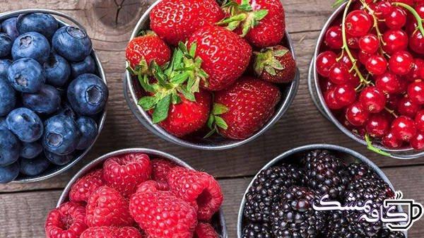 amazing health benefits of berries 01 722x406 - 15 غذای مفید برای حفظ سلامت قلب