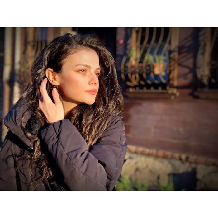 Photo of بیوگرافی سینم اونسال Sinem Unsal بازیگر نقش نازلی در سریال معجزه دکتر