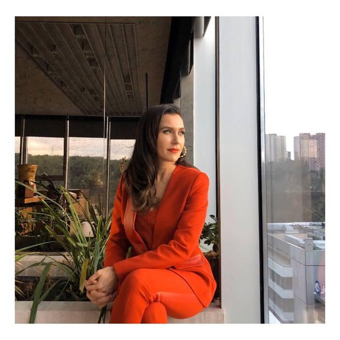 بیوگرافی شوال سام بازیگر و خواننده ترک آندر در سریال میوه ممنوعه