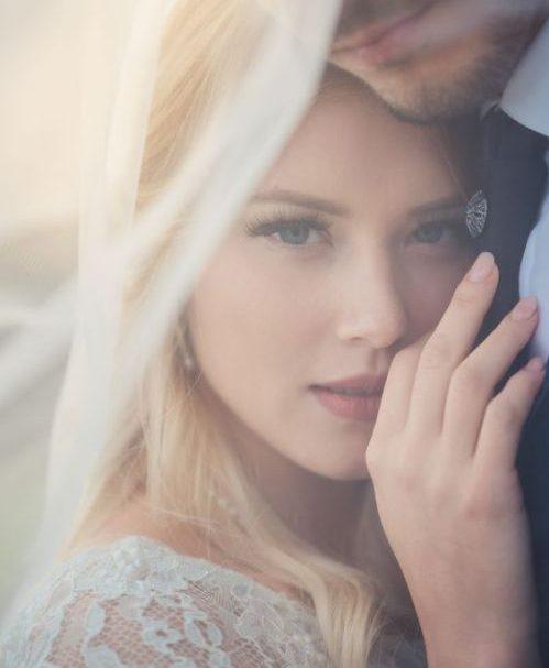 نشانه دختر عاشق ، نشانه ها علائم مشخصات روانشناسی دختر عاشق