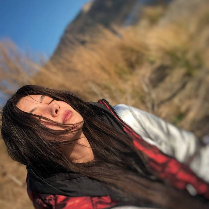 بیوگرافی نسلیهان آتاگول Neslihan Atagul بازیگر نقش ناره در سریال دختر سفیر