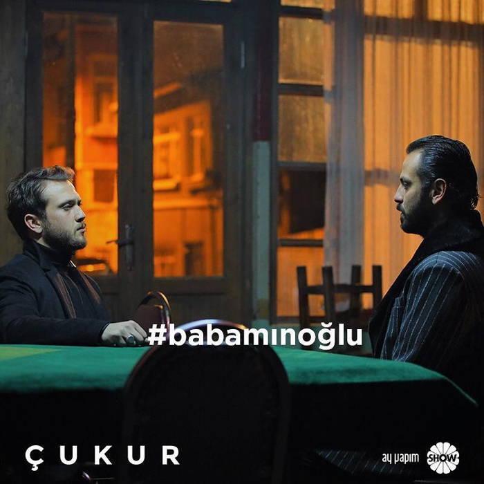 بیوگرافی آراس بولوت اینملی Aras Bulut Iynemli بازیگر نقش یاماک در سریال گودال