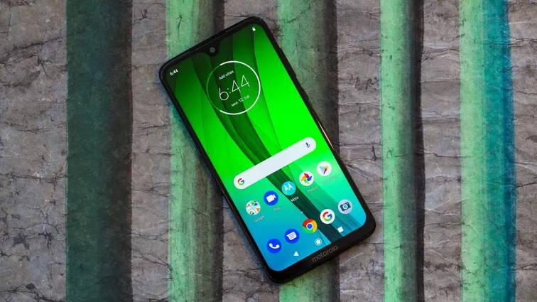 Motorola Moto G7 - بهترین گوشی های سال 2020