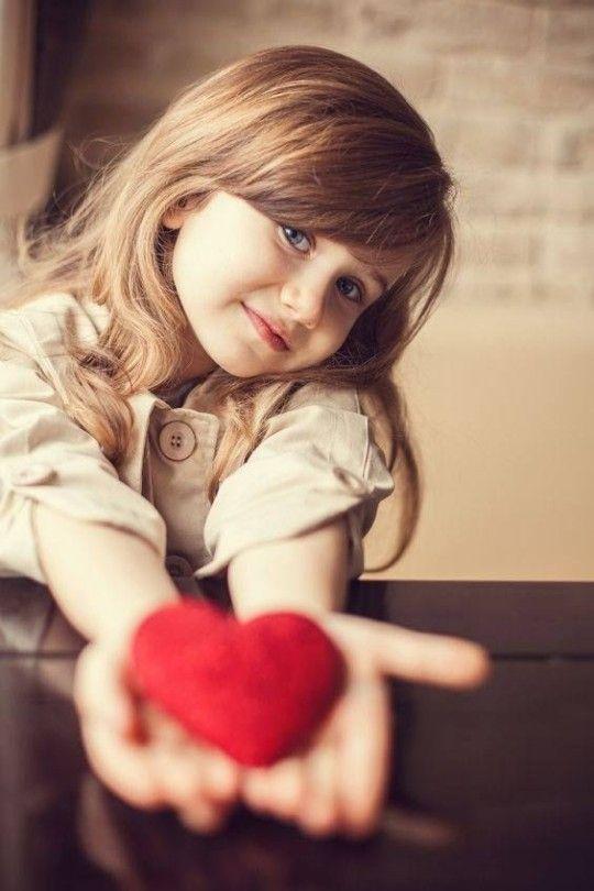 ژست کودک | انواع ژست عکس کودک (دختر و پسر)